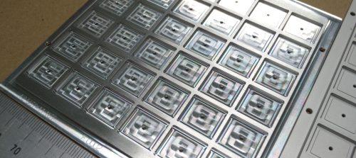 アルミ/A2017(ジュラルミン)/マシニング加工/精密整列パレット加工品