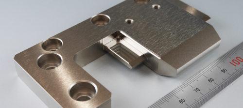 鉄/SS400/マシニング加工/フライス加工/無電解ニッケルメッキ